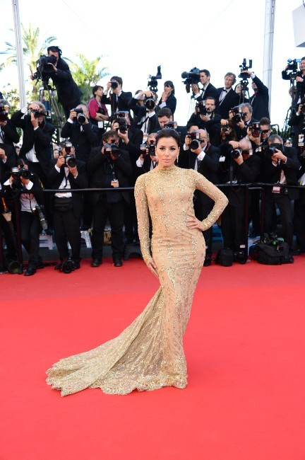 Eva-Longoria-Cannes-Tapis-rouge-du-film-Le-Passe-17-mai-2013_portrait_w674