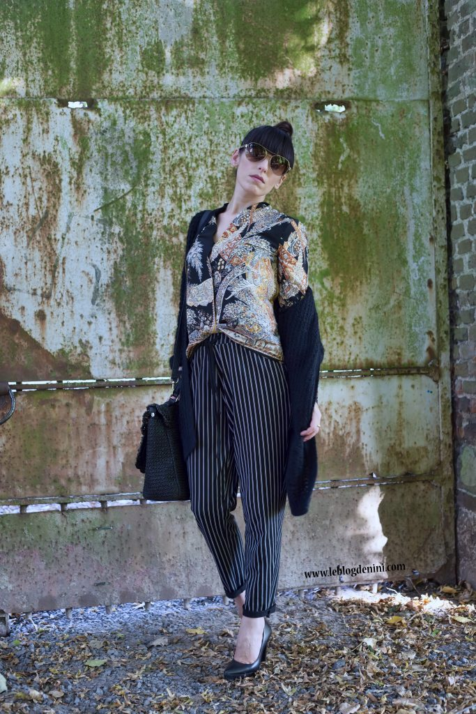pantalon-noir-a-lignes-blanches-zara