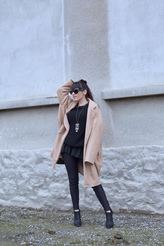 Camel Le Manteau Sur Total Black… Un Look TKF13lJc