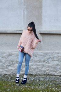 style avec jeans et pull oversize